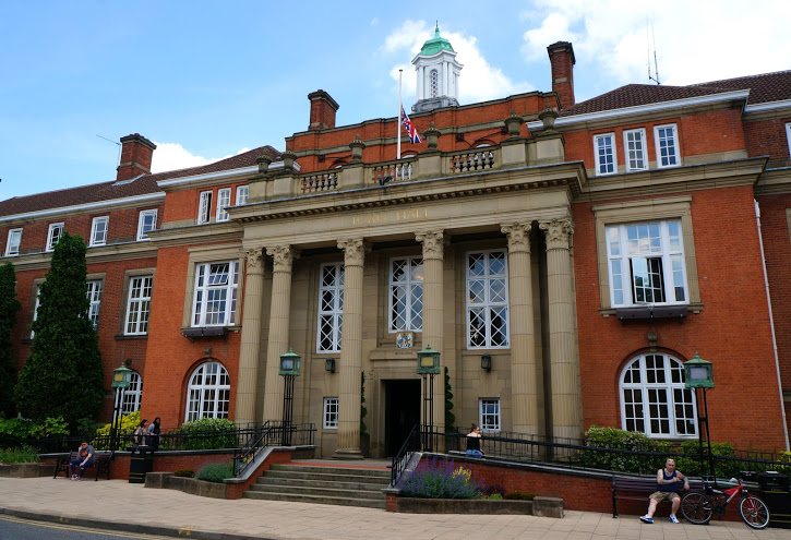 Nuneaton_and_Bedworth_Town_Hall